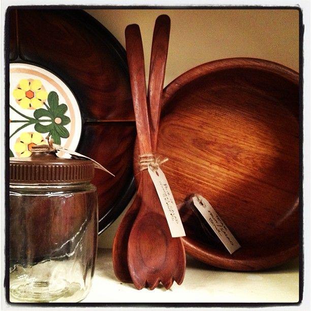 Vintage Kitchen Bowls: Vintage Wooden Salad Bowl And Servers.