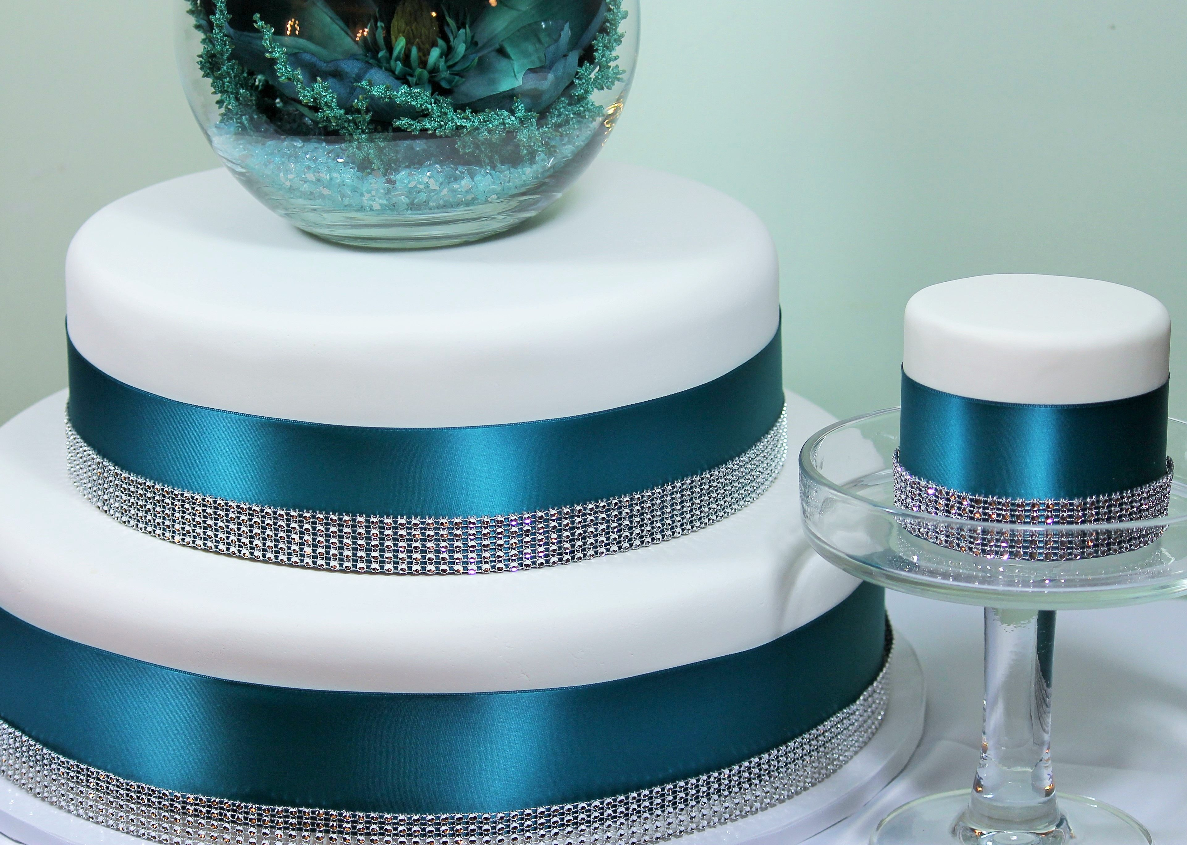 Rent this bedazzled beauty wedding cake from Cake Imposteurs!