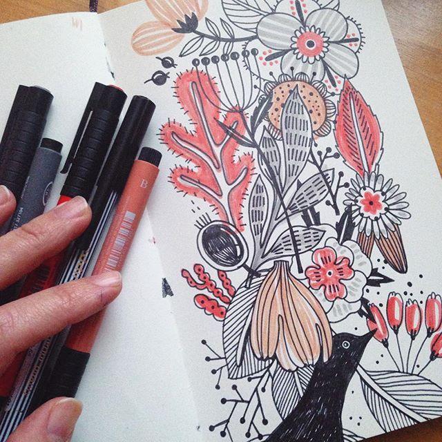 pensketch sketch sketchbook doodle drawing pattern patterndesign moleskine