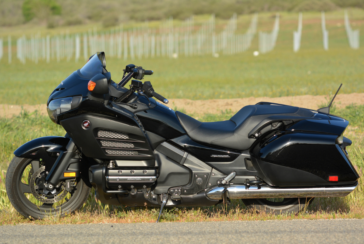 2013 black honda goldwing f6b f6b goldwing honda