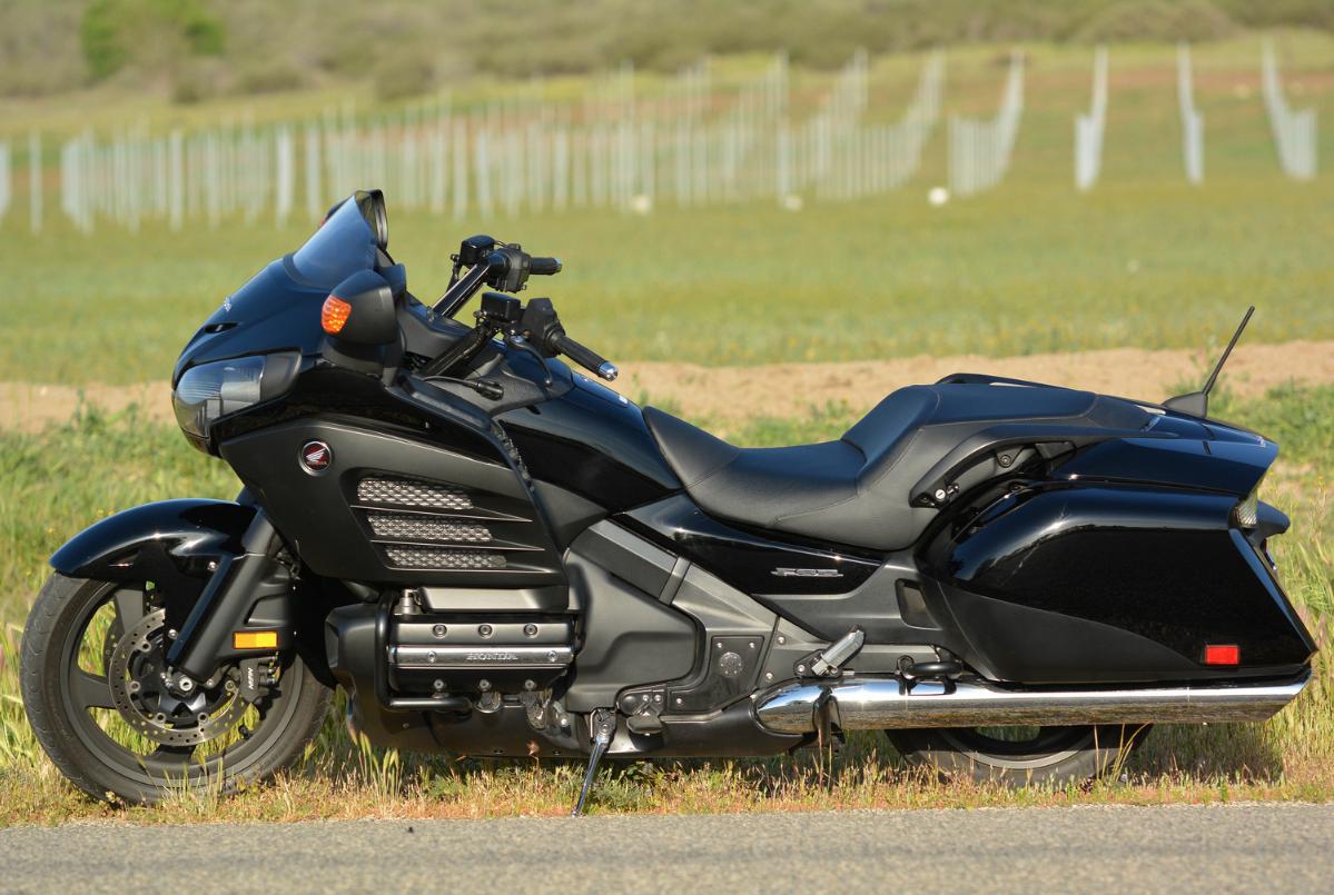 2013 Black Honda Goldwing F6B #f6b #goldwing #honda