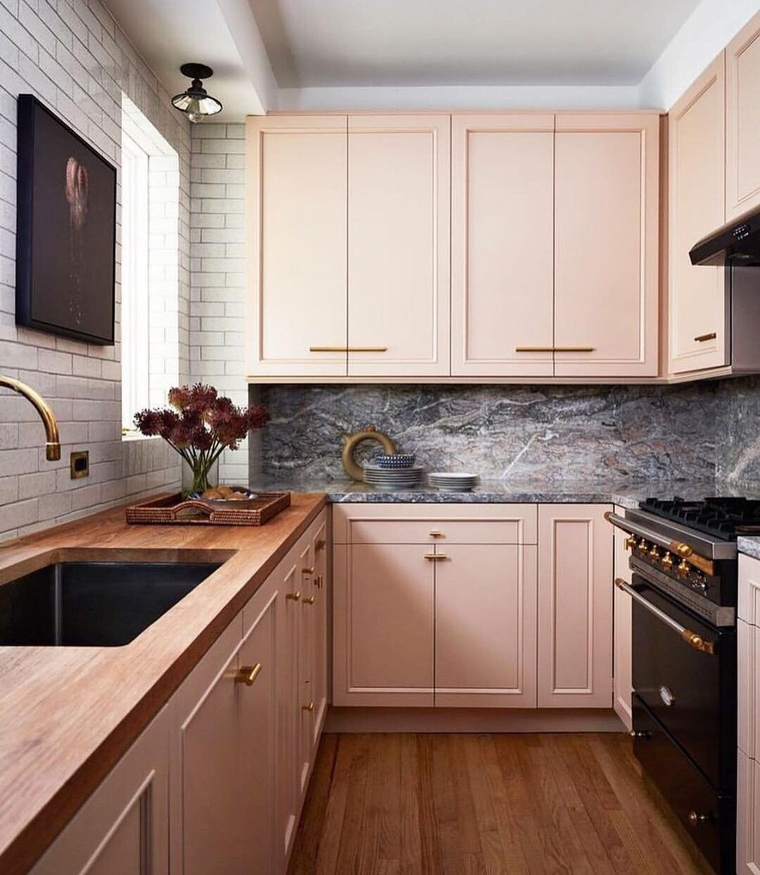 Apartment Therapy On Instagram This Pink Kitchen Is Perfect For Valentine S Day Or Any Day Top Kitchen Designs Interior Design Kitchen Kitchen Design Trends