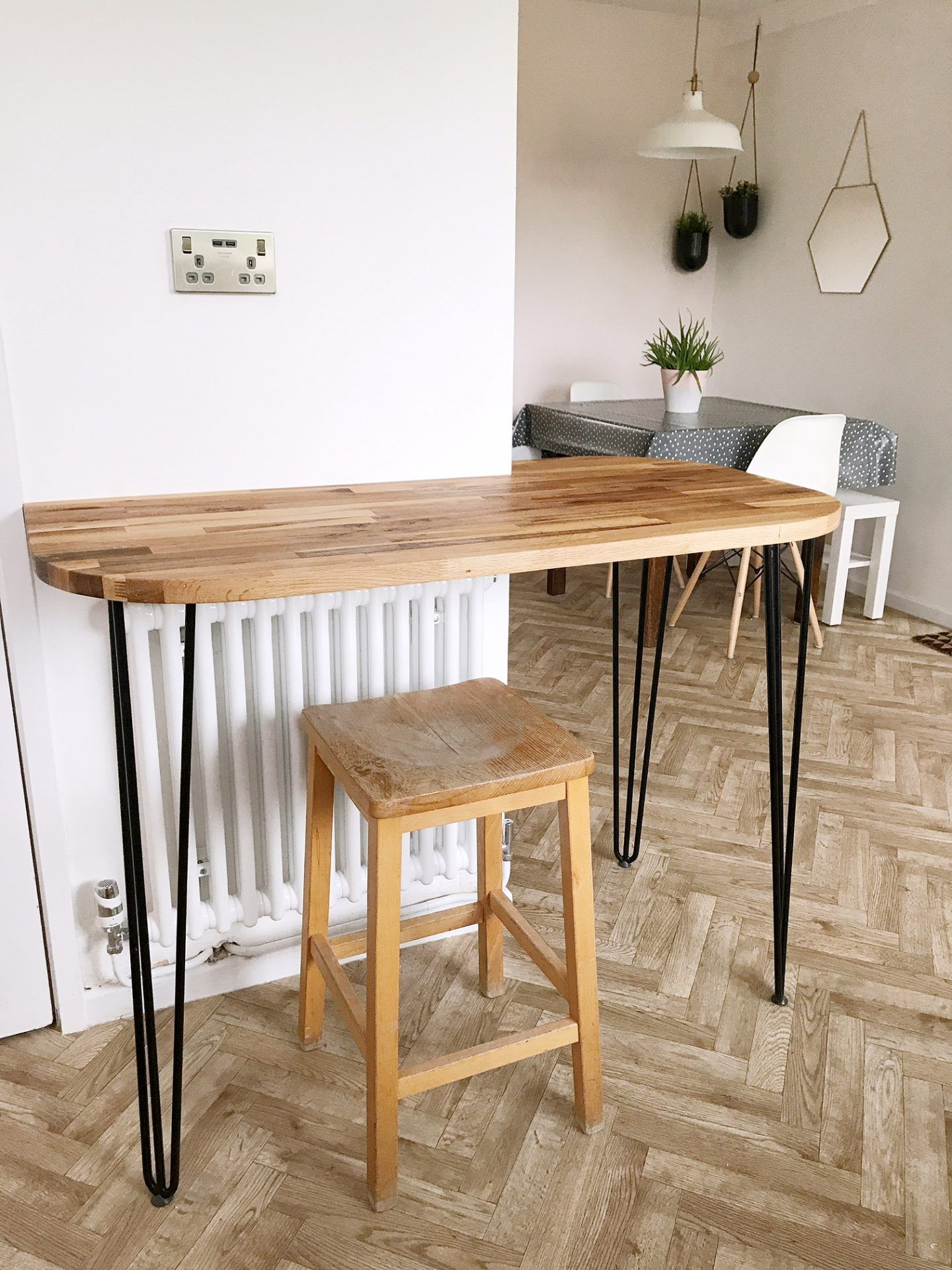 Industrial Style Breakfast Bar With Steel Legs Reclaimed Wood