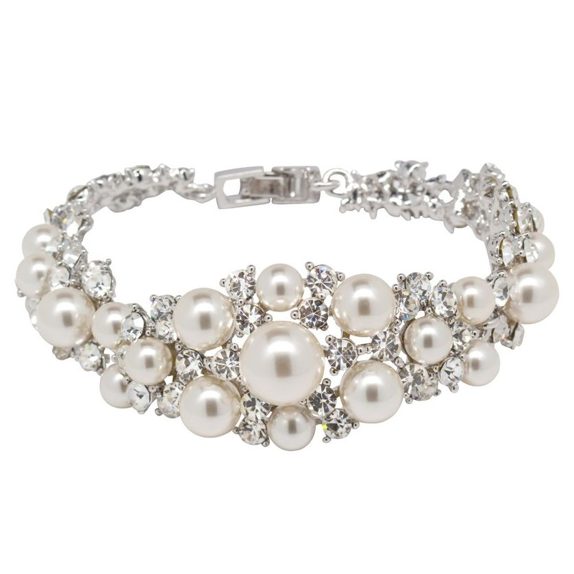 The beyond gorgeous Yasmeen bracelet by dtembellish