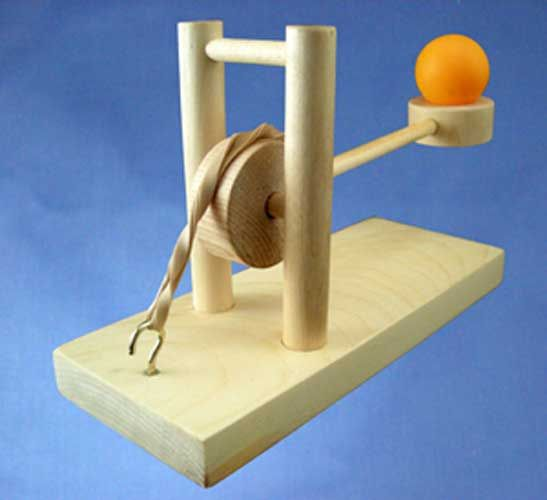 Long Shot Launcher Wood Catapult Kit Bacan Wooden Toys