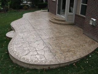 Lovely design around the edge of this stamped concrete