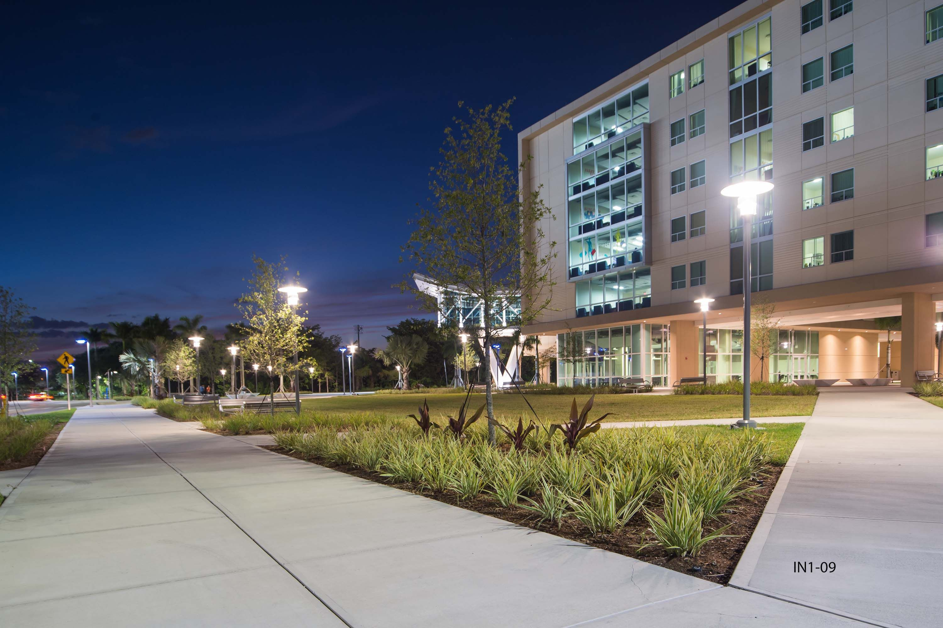12 Project Fiu Parkview Residences Ideas Residential Life Residence Hall Parkview