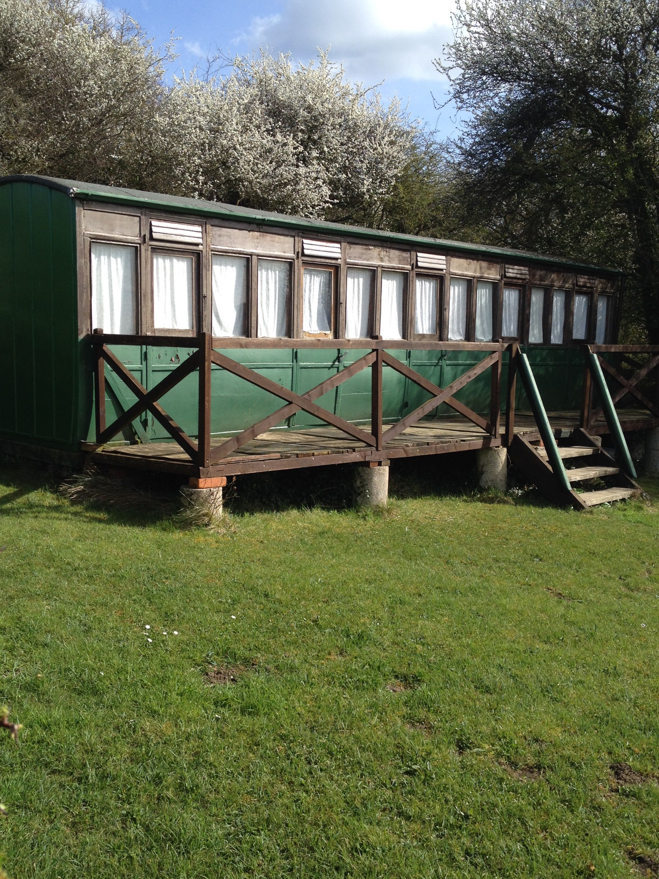 Beautiful Victorian railway carriage conversion at Thorness Bay