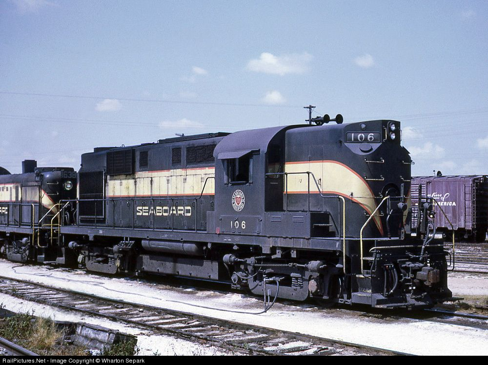 RailPictures.Net Photo: SAL 106 Seaboard Air Line Alco RS-11 at Miami, Florida by Wharton Separk