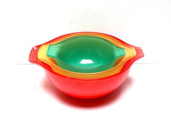 PYREX bowls set  3 salad bowls set  Sedlex  Red yellow  green