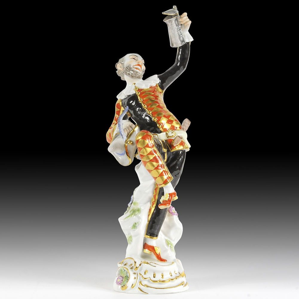 meissen porzellan figuren harlekin mit deckelkanne modell no 3025 meissen kpm berlin. Black Bedroom Furniture Sets. Home Design Ideas