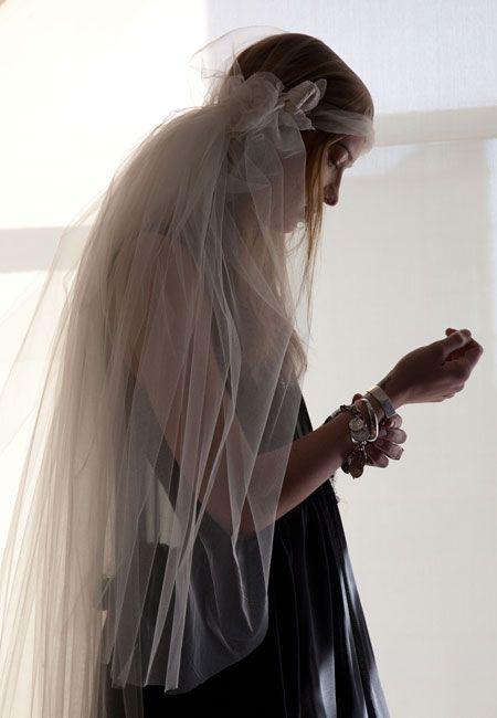 Cool wedding veil #weddings
