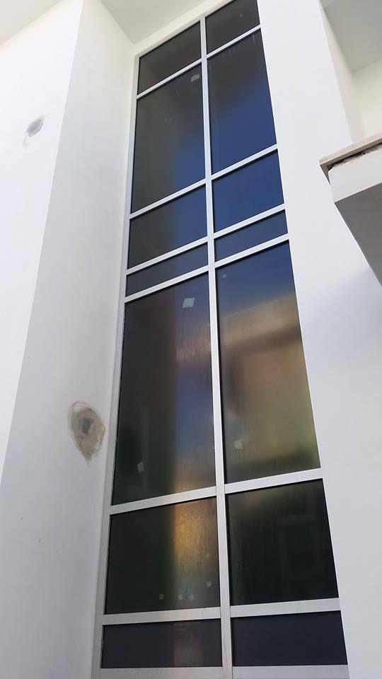32 Tall Ykk Curtain Wall At Three Story Stair Recently Installed