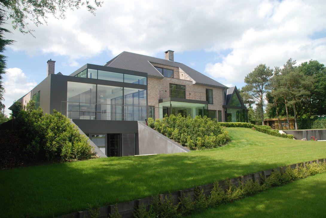 Moderne verbouwing villabouw sels renovaties doors