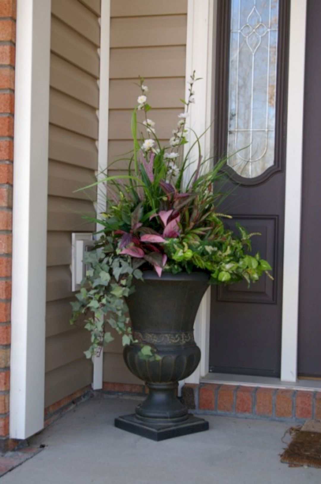24 Front Porch Flower Pot Inspiration For Beautiful Front