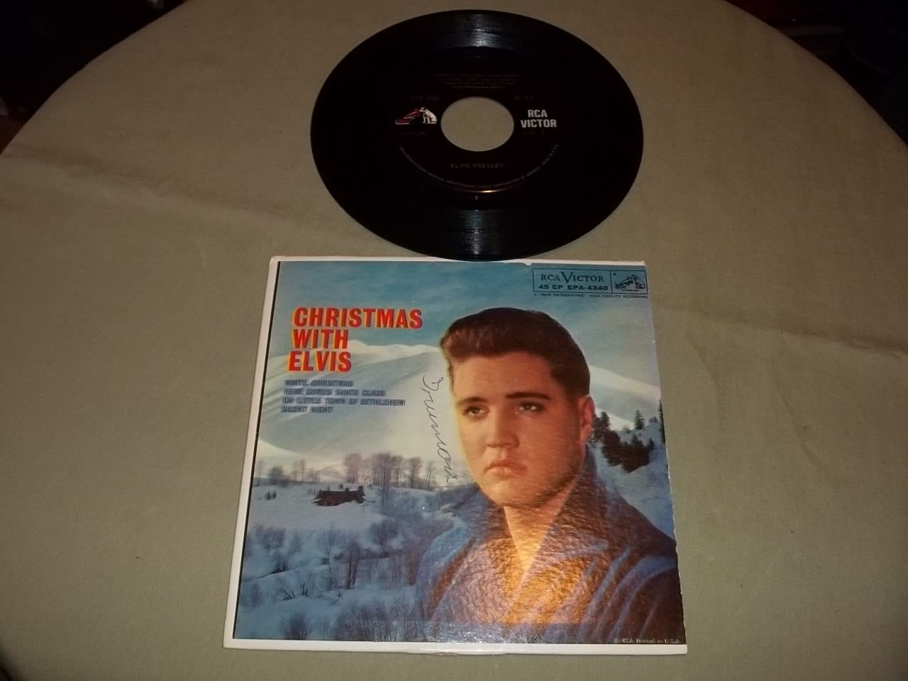 Elvis Presley Original Christmas With Elvis RCA Victor Dog On Side EPA-4340