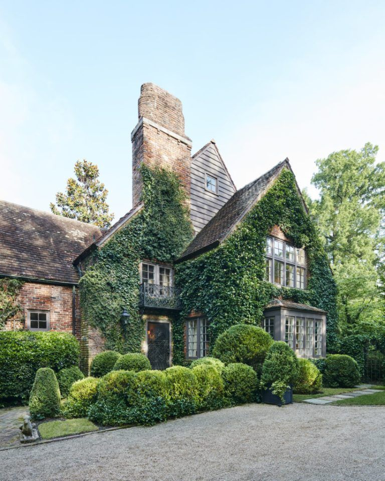 William Eubanks English Country Cottage in Memphis The Glam Pad
