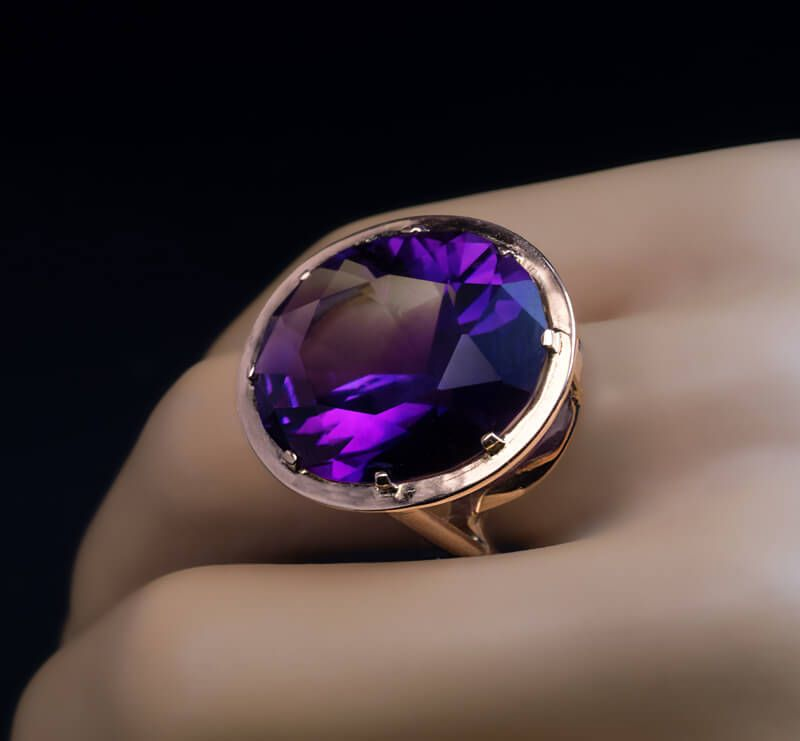 Modernist Vintage Siberian Amethyst Rose Gold Cocktail Ring - Antique  Jewelry | Vintage Rings | Faberge