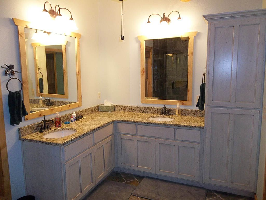 Double sink corner vanity google search bathroom pinterest corner vanity sinks and vanities - Master bath vanity design ideas ...