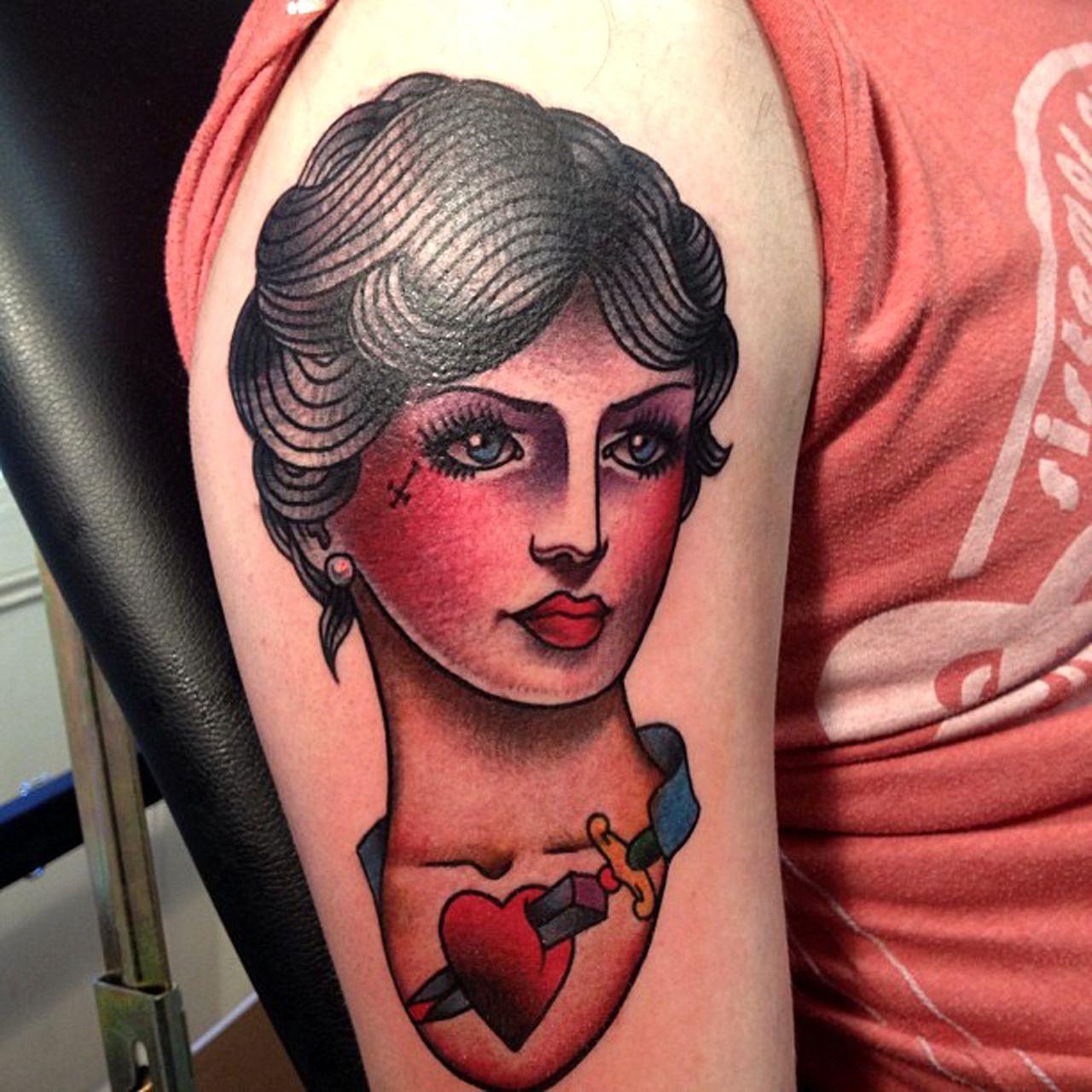 frauengesichter tattoo