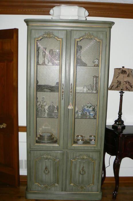 Found on EstateSales.NET: | Colts neck, Home decor, Storage