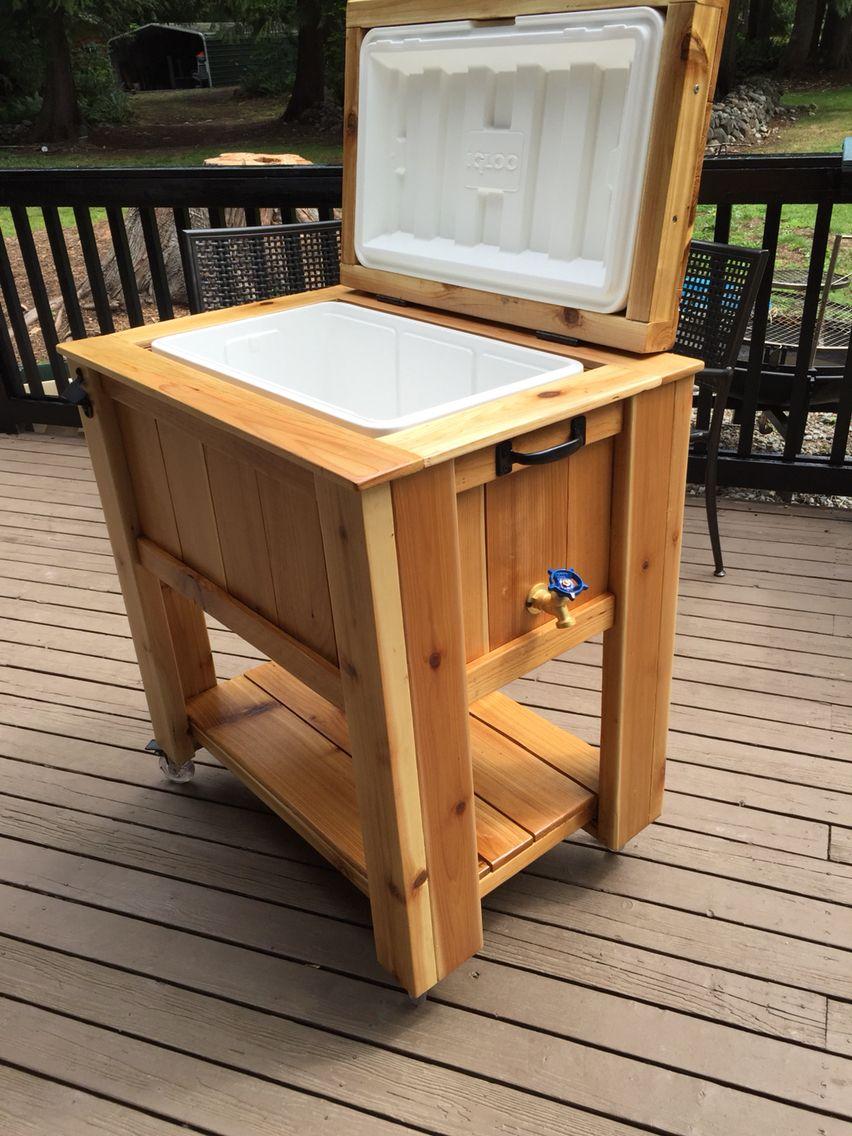 52qt cooler cart out of cedar wood