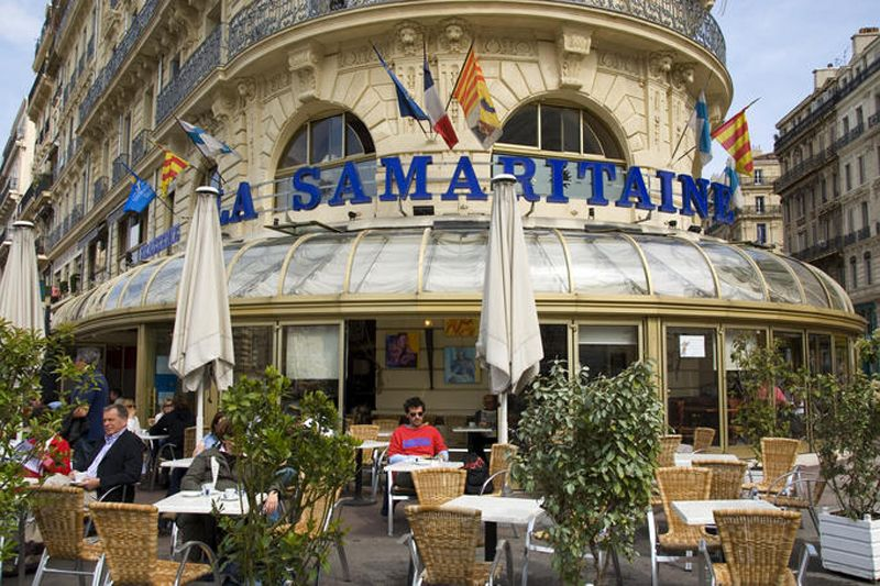 Outdoor cafe in vieux port area marseille coffee - Piscine plein air aix en provence ...