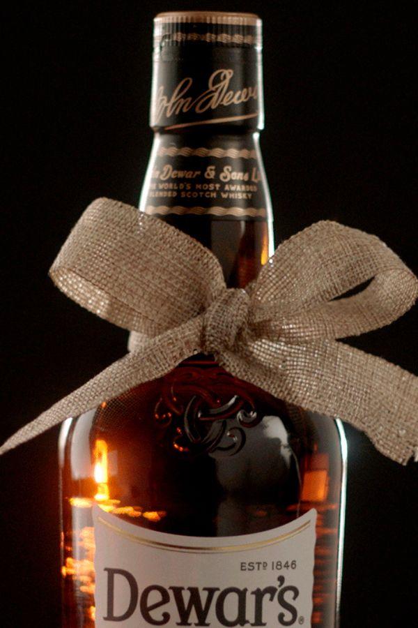 DEWAR'S 12 Year Old in 2019   Dewar's Gifting   Scotch