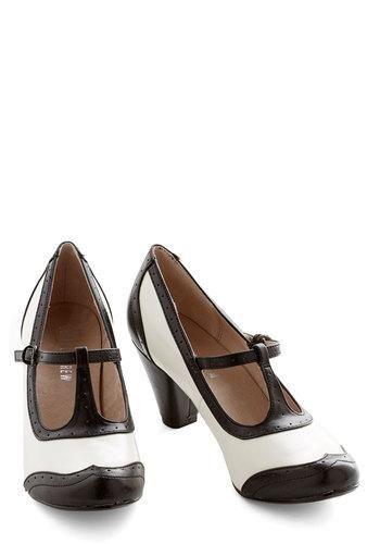 de7daf15bb2 Shabby Chic Leather Heel   dapper.   Shoes, Vintage heels, 1920s shoes