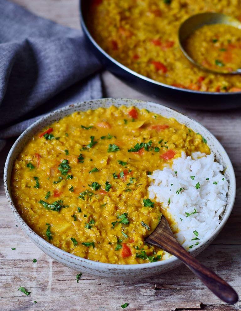 Einfaches rotes Linsen Dal Rezept | schnelles, veganes Curry - Elavegan