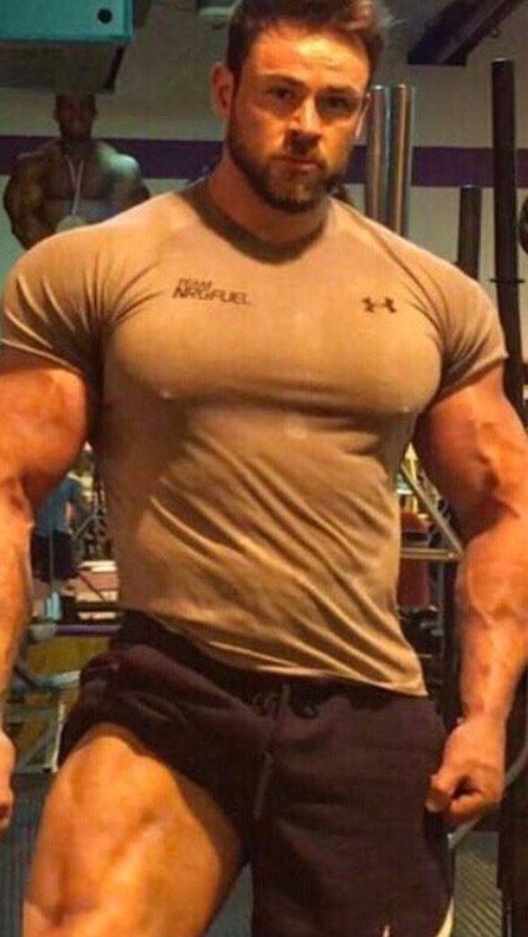 Pin By M M On Bodybuilder Huge Pecs
