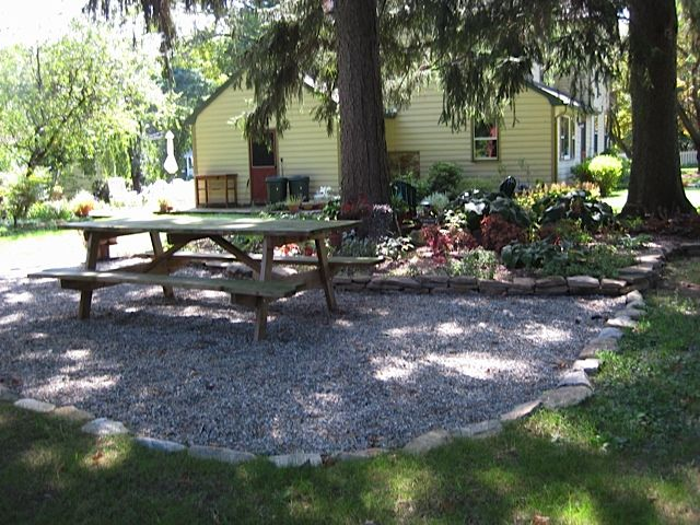 Garden Furniture On Gravel pea gravel patio - stone edging | garden | pinterest | pea gravel