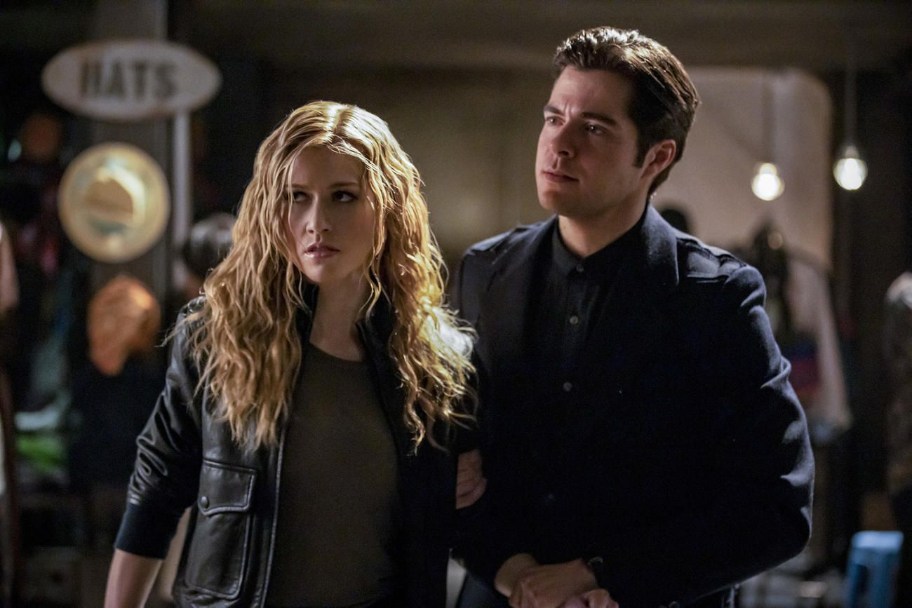 Arrow Still Hasn't Answered One Big Question About Mia Smoak's Upbringing | TV Guide