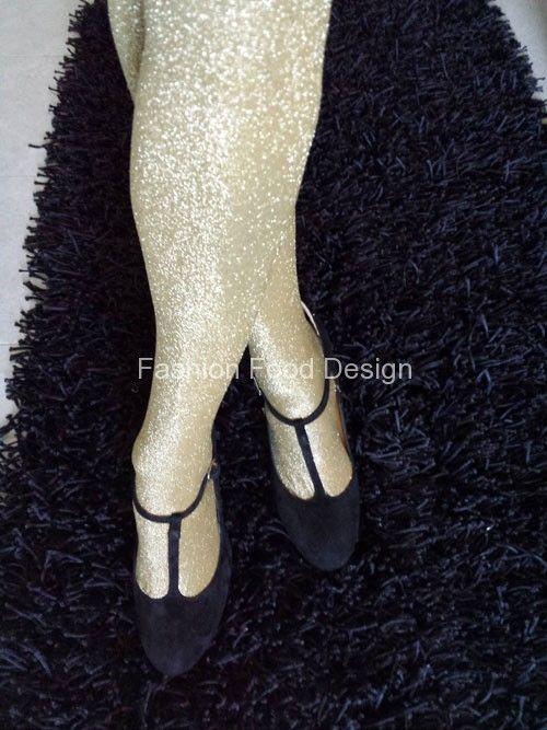 Come mi vesto a Natale ? Ecco tutti i consigli su fashionfooddesign.com #natale Chi ha fantasia non si annoia mai! http://bit.ly/JRYRqP