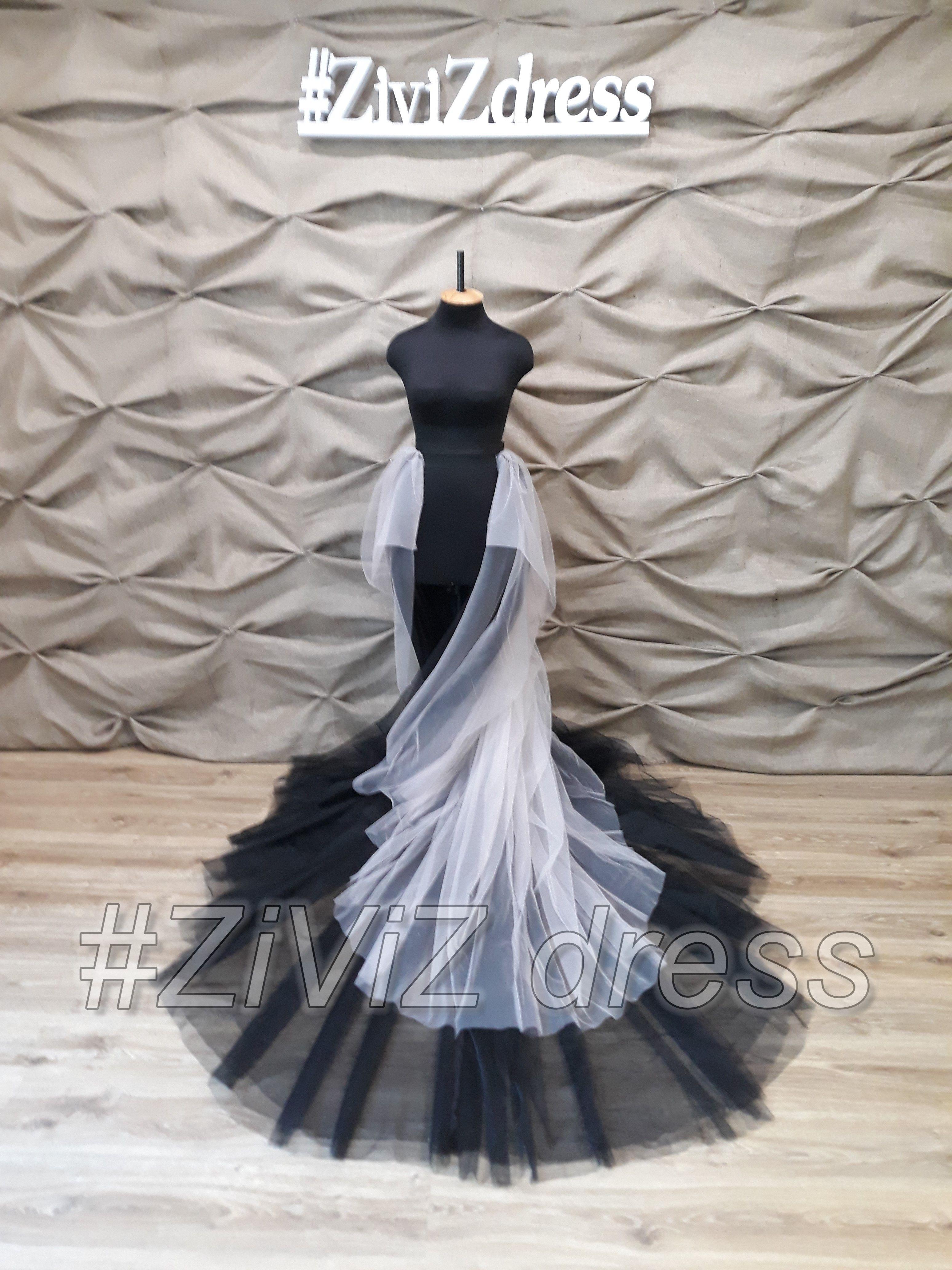 Black Wedding Train Detachable Wedding Train Fantasy Wedding Dress Wedding Skirt With Drapery Long Wedding Trains Fantasy Wedding Dress Tulle Bridal Skirts [ 4128 x 3096 Pixel ]