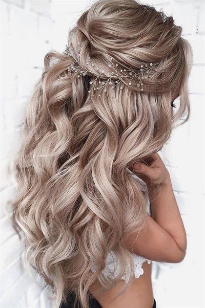 Weddings Going Wrong Las Vegas Weddings Marriage License Wedding 10th Anniversar In 2020 Wedding Hairstyles For Long Hair Medium Hair Styles Down Curly Hairstyles