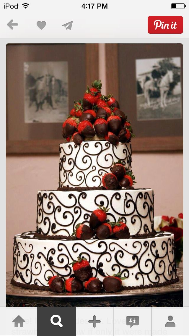 Wedding cake love love love this cake and the sweet strawberries
