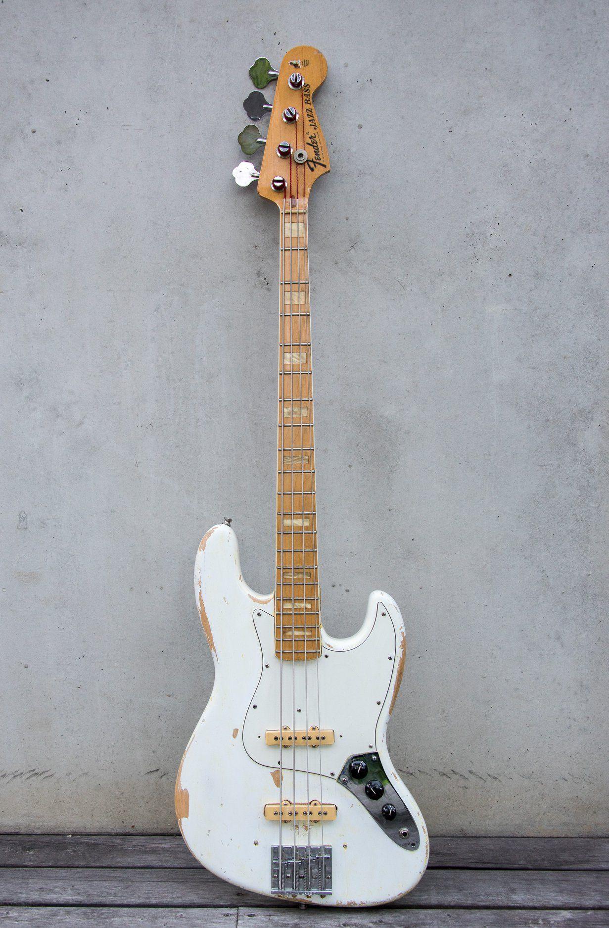 1972 Jazz Bass White