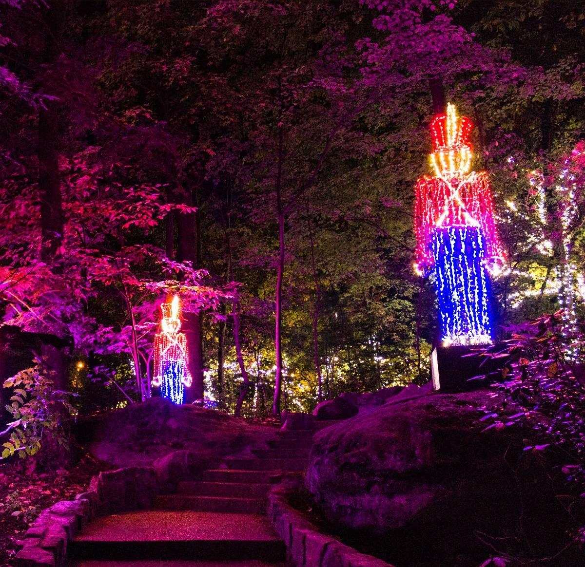 Chattanooga S New Holiday Trail Of Lights Light Trails Trail Christmas Place