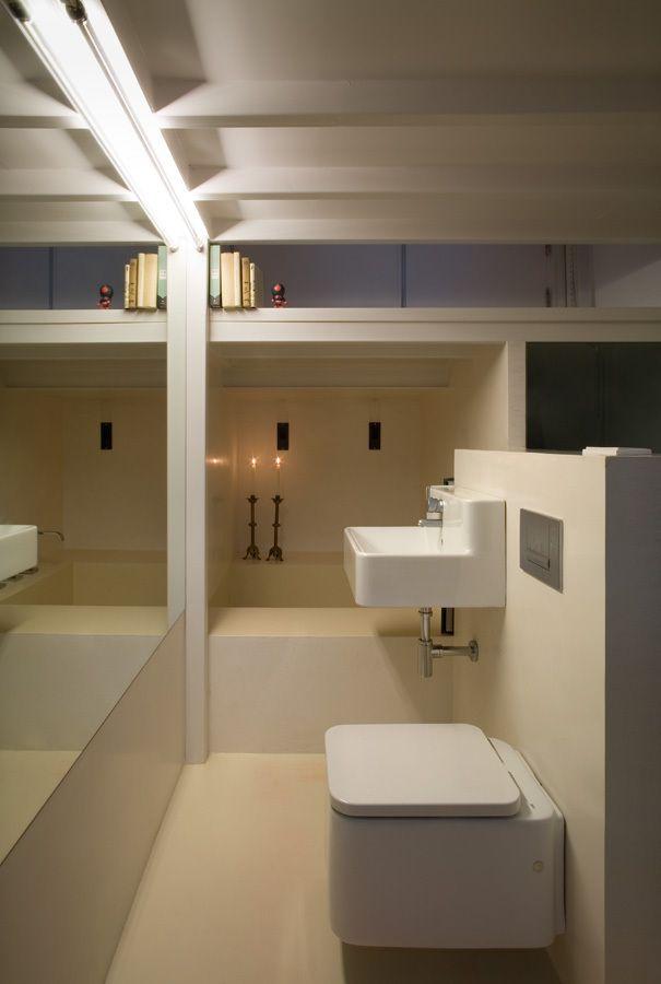 Piccoli spazi crescono appartamento minimalista bagno for Piccoli soggiorni moderni
