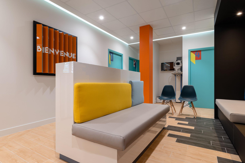 Centre D Ophtalmologie Paris Barbes En 2020 Architecture Interieure Barbe Design