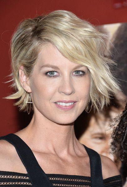 Jenna Elfman Short Wavy Cut | Hair..makeup..nails!!! | Pinterest ...