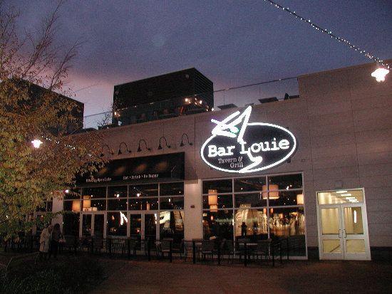 Bar Louies Patriot Place Foxboro Ma Bar Restaurants