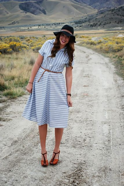 Striped vintage dress, spiced up with heels, a belt and a floppy hat. Outfit from the red closet diary blog.