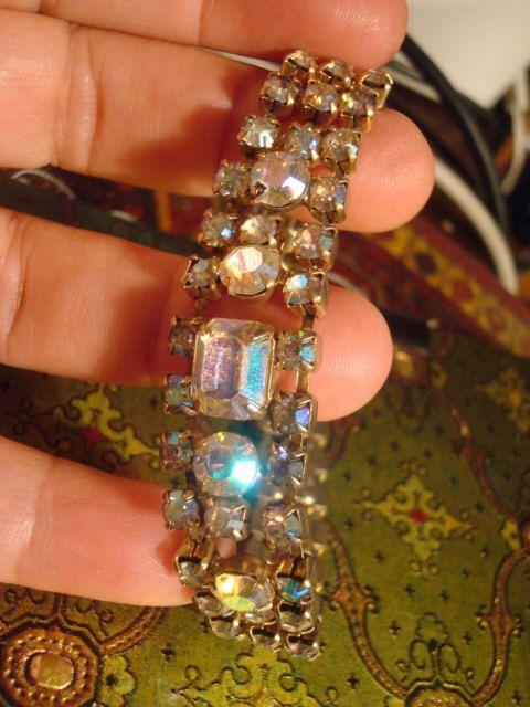 Twinkle and Flirt Aurora Borealis Vintage Bracelet