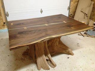 mesa de tronco tratado
