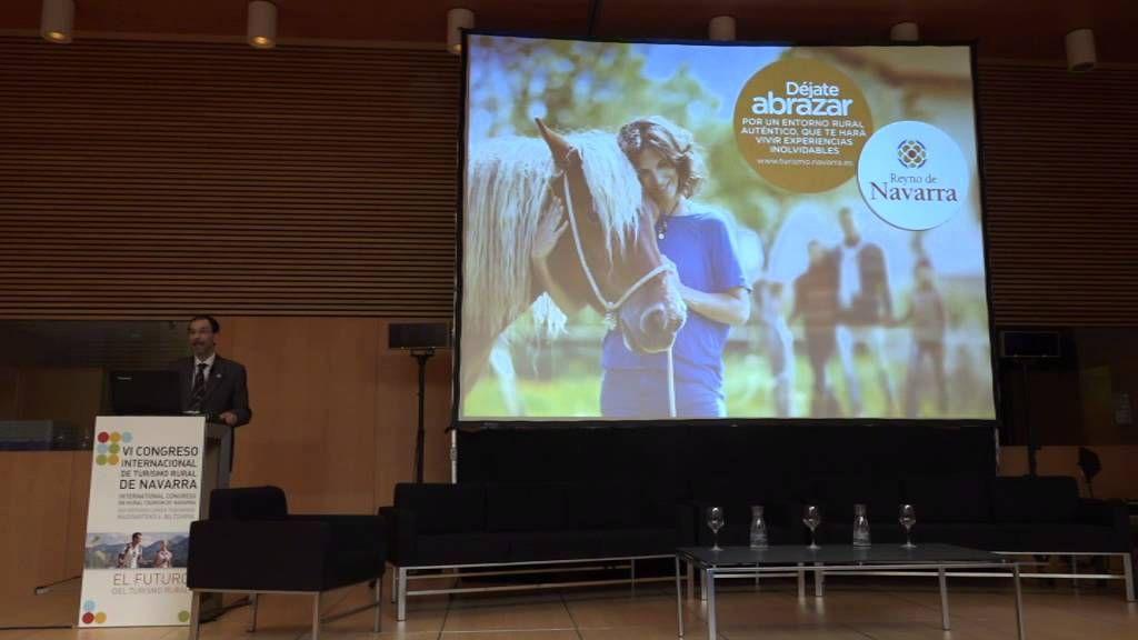 6 - La experiencia del   #TurismoNavarra Carlos Erce, Director General de Turismo y Comercio del Gobienro de #Navarra  http://casaruralnavarraurbasaurederra.blogspot.com.es/ #CongresoTurismoNavarra  #TurismoRural  #TurismoNavarra    #MarketingContenidosTR  #BigDataRural
