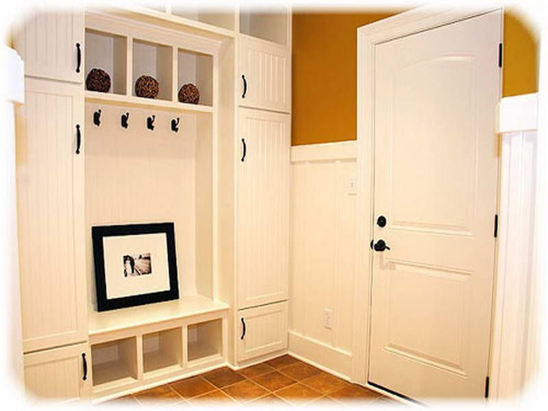 Entryway Storage Ideas With Creamy Colour Wall | home - bench with ...