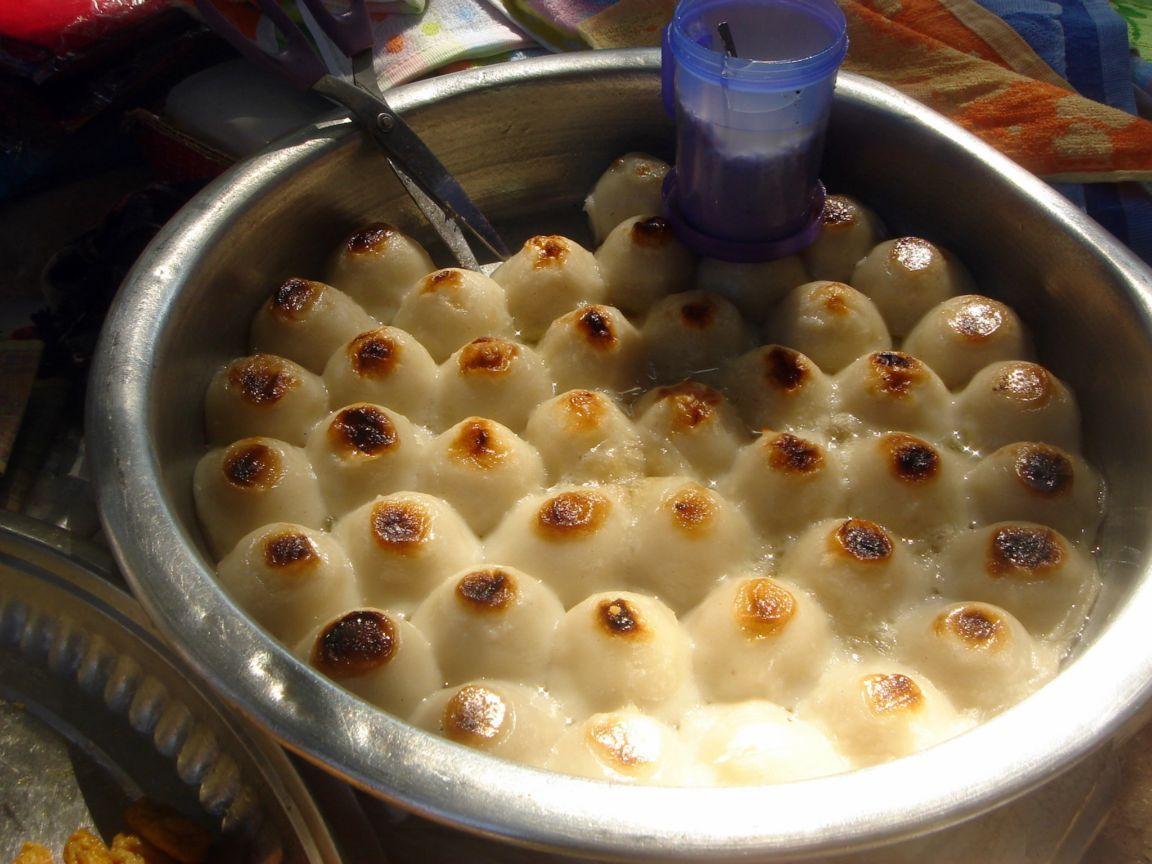 Myanmar - Dessert - Moh Let Saung (Coconut Milk with Sago ...