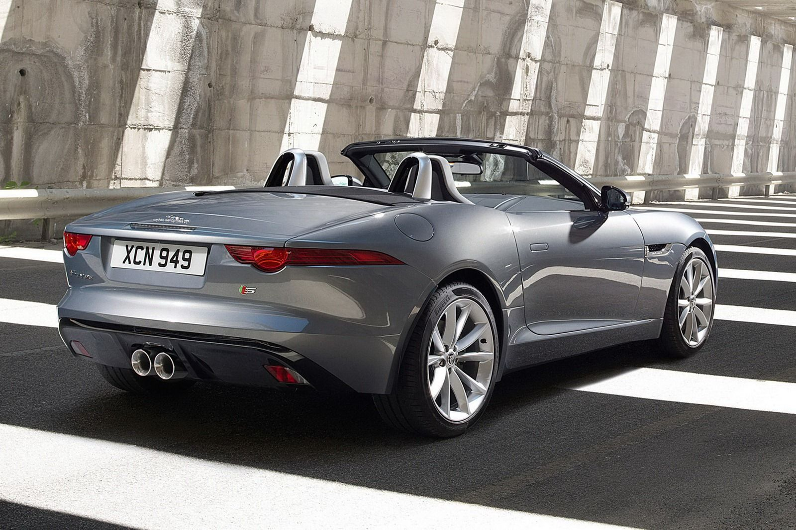 2013 Jaguar F Type Disclosed In New Photos Including The First Of The  Interior